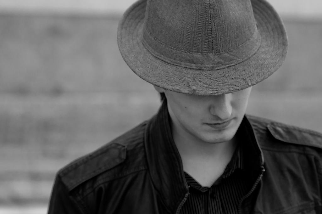 Sombrero en Blanco y Negro