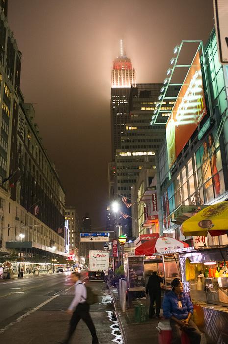Empire State Building de noche – Nueva York