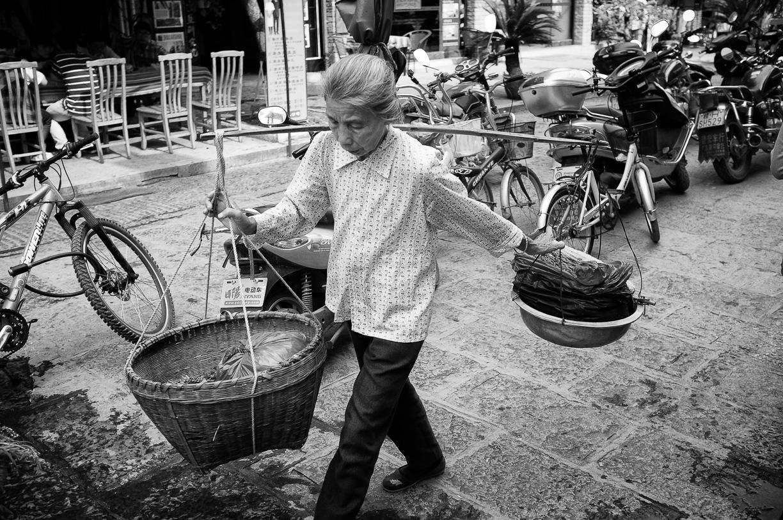 Yangshuo, parada en el río Li – China