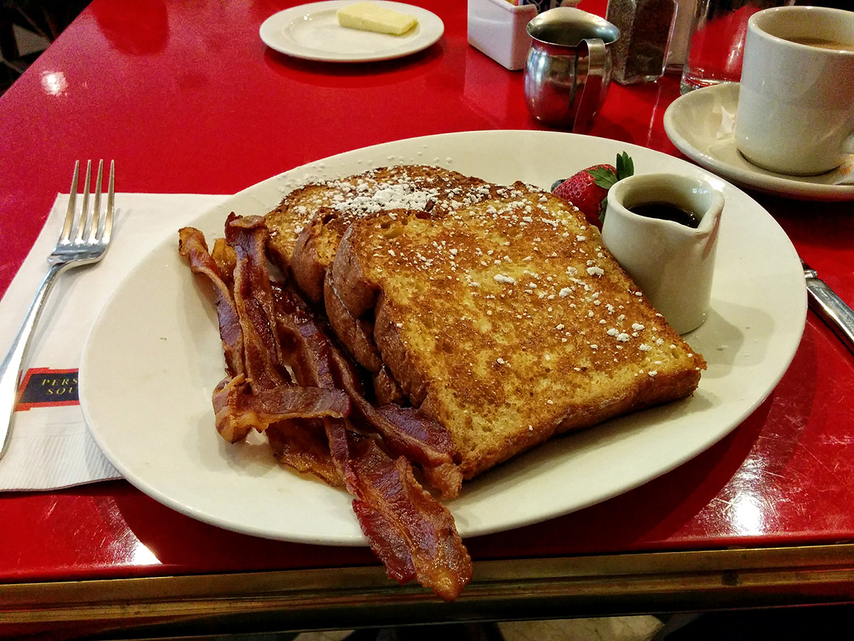 french-toast-with-bacon