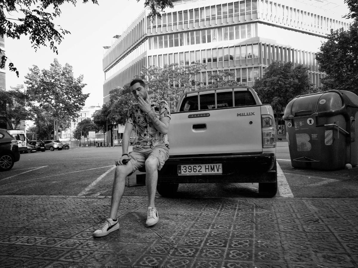 Hombre fumando – Barcelona