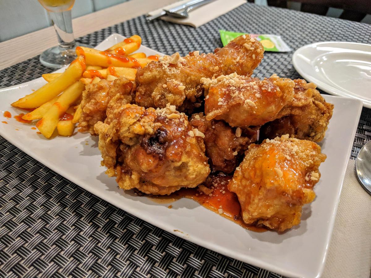 Chimek: pollo frito y cerveza
